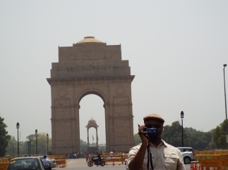 India Gate in New Delhi, built by the English to commemorate WWI.