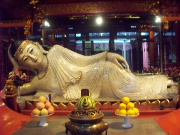 The gigantic reclining Jade Buddha