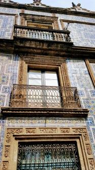 This gorgeous tiled exterior houses a branch of Sanborn's, a ubiquitous CDMX eatery